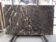 Polished Matrix Titanium Granite Slab